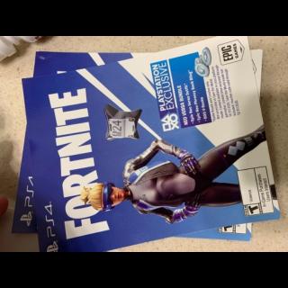 PS4 fortnite neo versa + 500 v buck