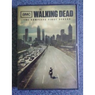 THE WALKING DEAD: SEASON 1 - DVD