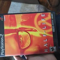 Ps2 game half life good condition tested