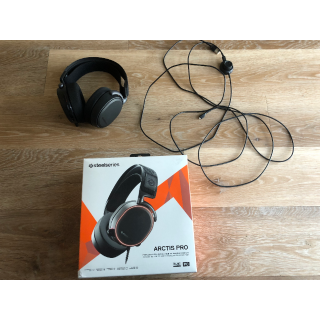 SteelSeries Arctis Pro High Fidelity Gaming Headset - Hi-Res Speaker Drivers - DTS Headphone:X v2.0 Surround for PC (Renewed)