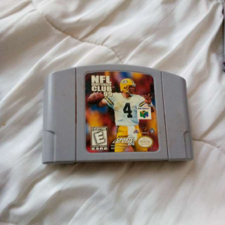 N64 NFL Quarterback Club 99