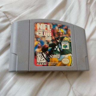 N64 NFL Quarterback Club 98