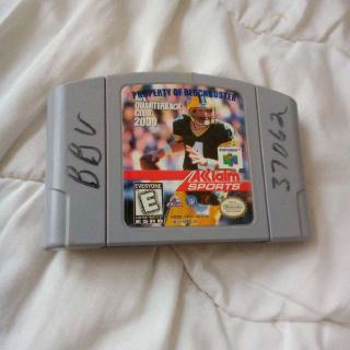N64 NFL Quarterback Club 2000