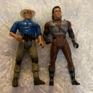 two 91-93 Jurassic Park Kenner action figure
