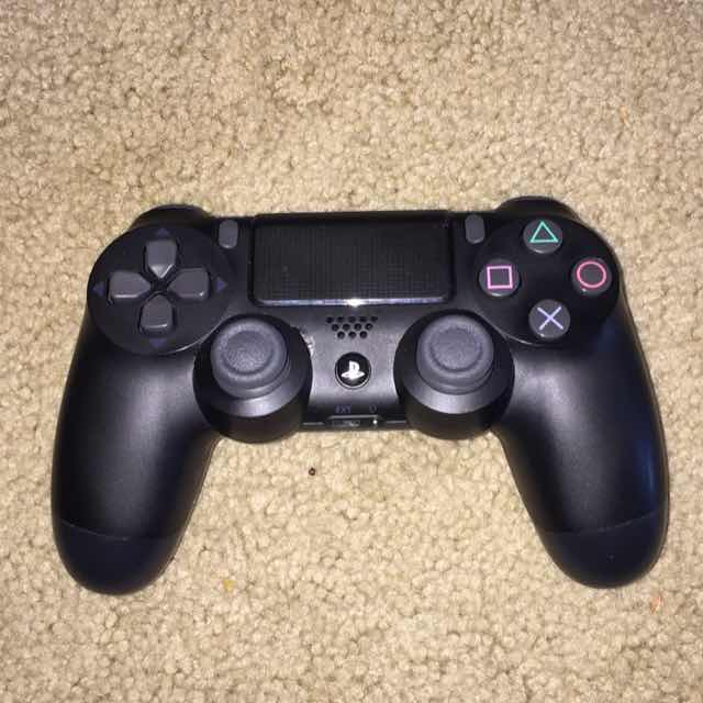 PS4 Controller like new - Controllers Accessories (Like New) - Gameflip