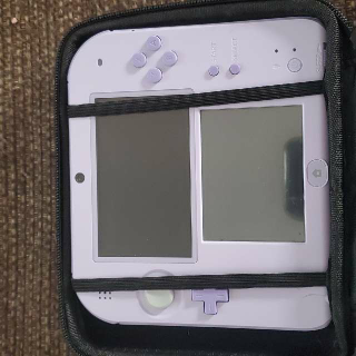Nintendo 2DS Lavander Japanese Edition