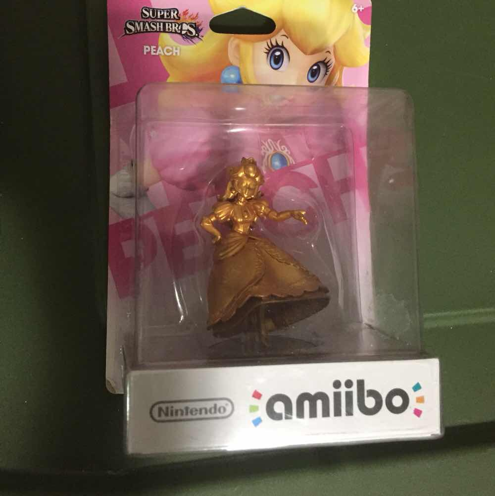 Custom Bronze Peach Amiibo