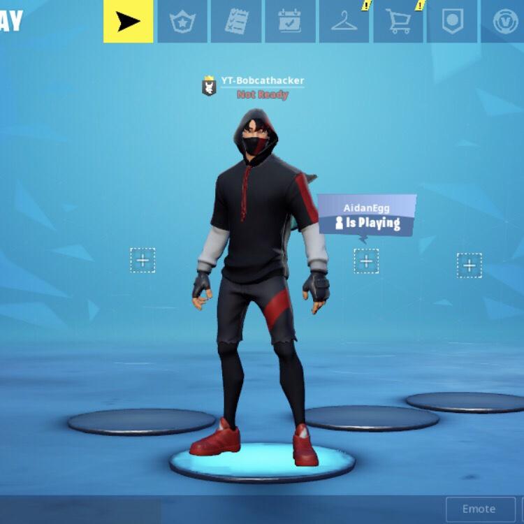 Fortnite ikonik skin very rare - Mobile Games - Gameflip