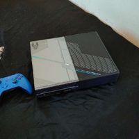 Xbox 1 Halo  Edition 1TB