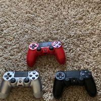 Untested Ps4 controllers 3 for 60$ Hurry Great Deal